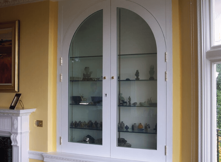 Switchable Smart Glass display cabinet switched to off