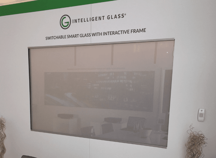 Interactive Switchable Smart Glass Screen Off