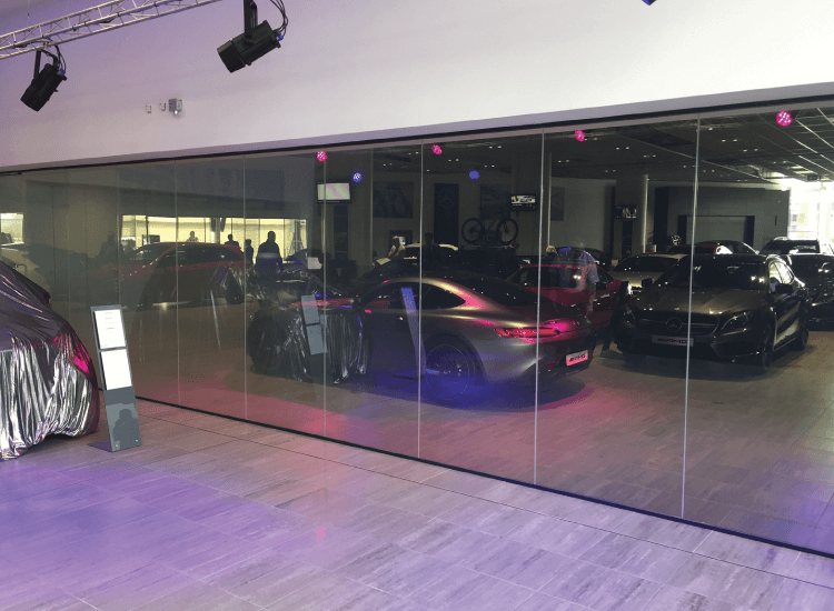 Merdedes Car Reveal Switchable Smart Glass Partition On