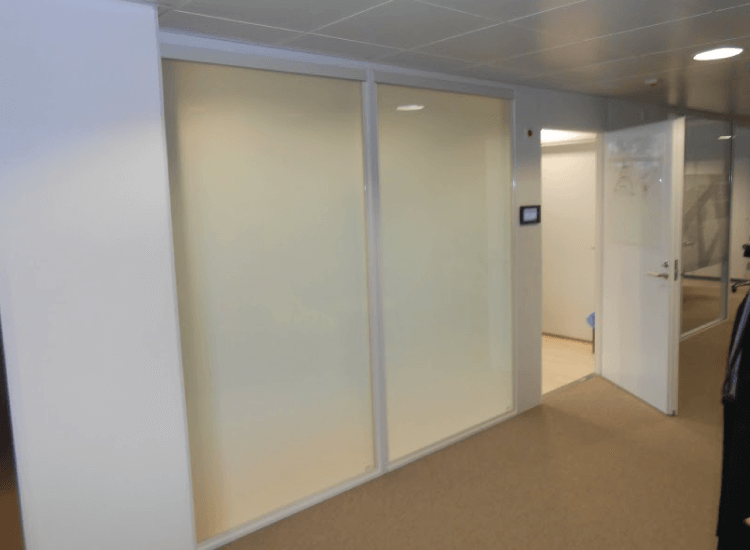 Office Meeting Room Smart Glass Partition switched to off