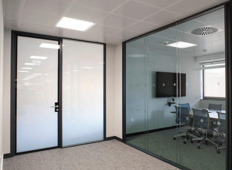 Office Smart Glass Privacy Doors switched to off