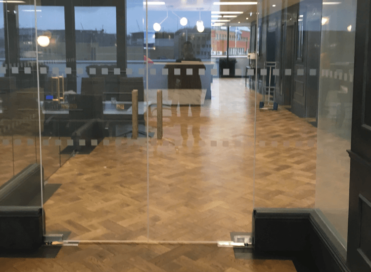 Switchable Smart Glass door switched to off