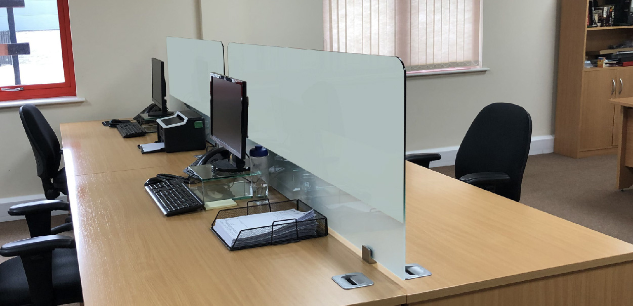 Switchable Glass Protective Desk Screens-01